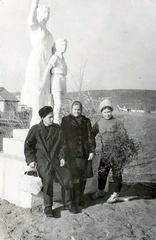 Арсеньев. Выезд с улицы Жуковского на трассу. 1960-е годы
