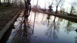 Озеро у дороги (9 мая. Арсеньев)
