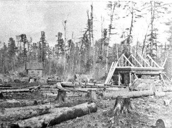 Асреньев. Строительство первых домов